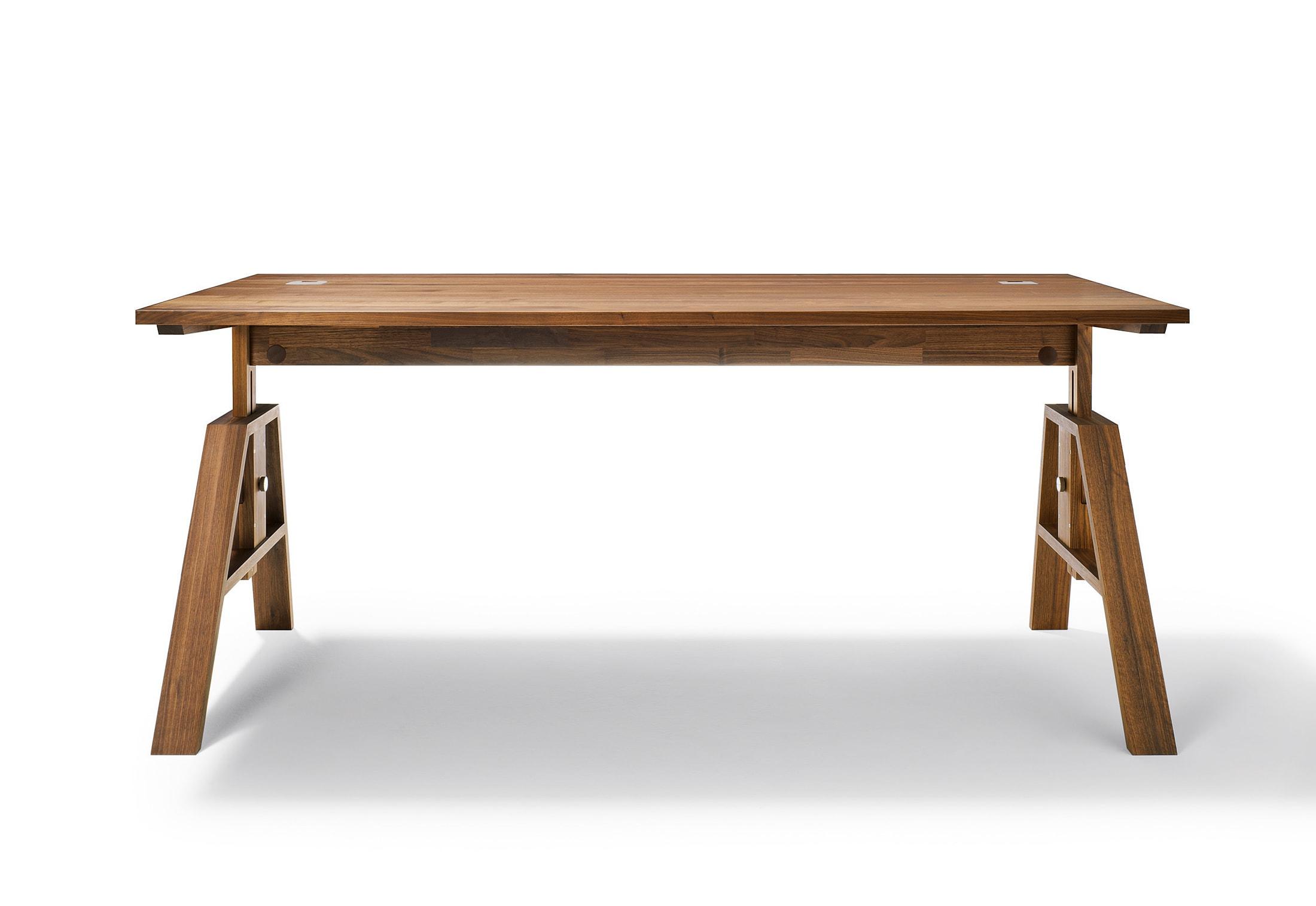 e518cdaef Pracovné stoly | Kancelársky nábytok